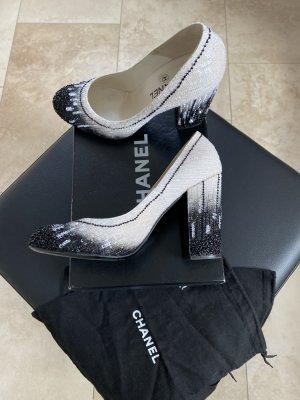 Chanel Peep Toe Pumps white-black