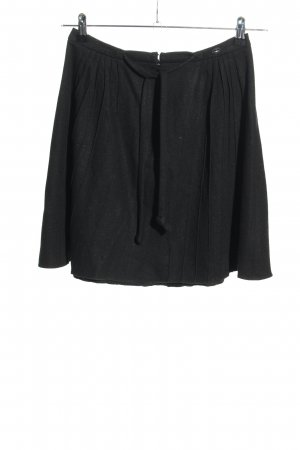 Chanel Pleated Skirt black casual look