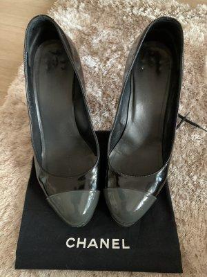 Chanel Pumps bicolor, Grau Schwarz