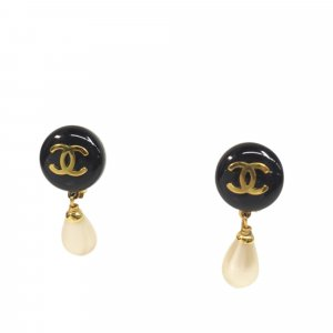 Chanel Earring black