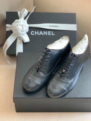 Chanel Escarpins classiques  noir cuir
