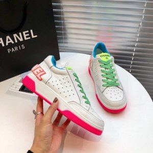Chanel High Top Sneaker white-dark red