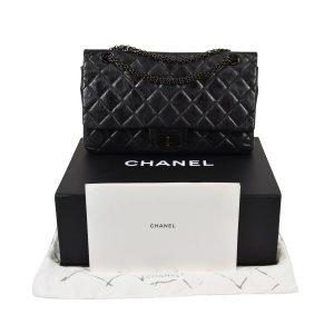 CHANEL So Black 2.55 Reissue Handtasche @mylovelyboutique.com