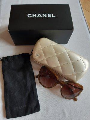 Chanel Gafas mariposa marrón