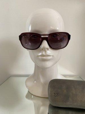 Chanel Gafas de sol ovaladas burdeos