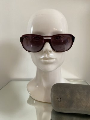 Chanel Oval Sunglasses bordeaux