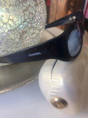 Chanel Lunettes de soleil ovales bleu foncé