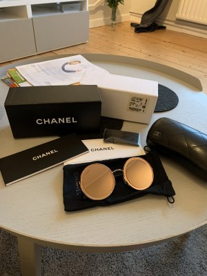 Chanel Gafas de sol redondas color rosa dorado