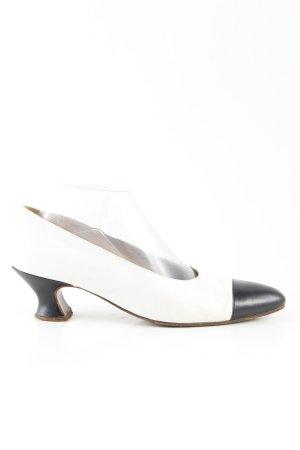 Chanel Spitz-Pumps weiß-schwarz Business-Look