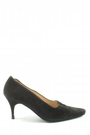 Chanel Pointed Toe Pumps black business style