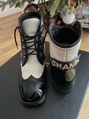 Chanel Low boot noir-blanc