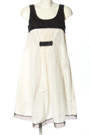 Chanel Abito baby-doll bianco-nero stile casual