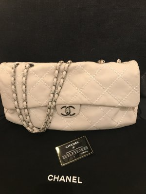 Chanel Bolso color plata-gris claro