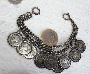Vintage Collier avec nom argenté-gris