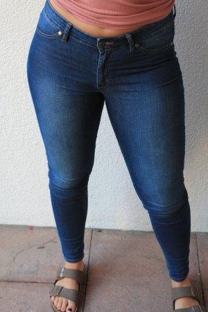 Cheap Monday Jeansy rurki ciemnoniebieski-niebieski