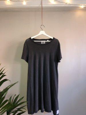 Cheap Monday Sukienka o kroju koszulki ciemnoszary