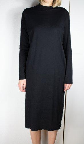 CHEAP MONDAY T-Shirt Midikleid in schwarz