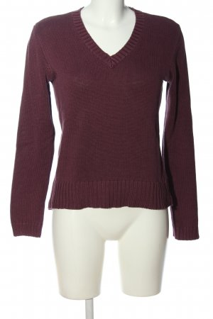 Cheer V-Neck Sweater red casual look
