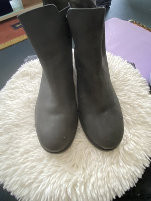 Barbour Chelsea Boots black leather
