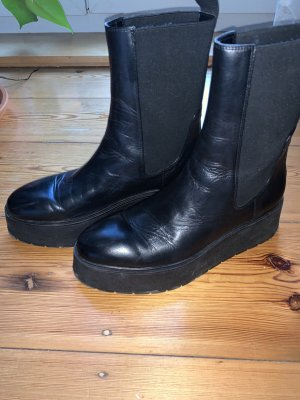 Chelsea Boots chunky Plateau Zara