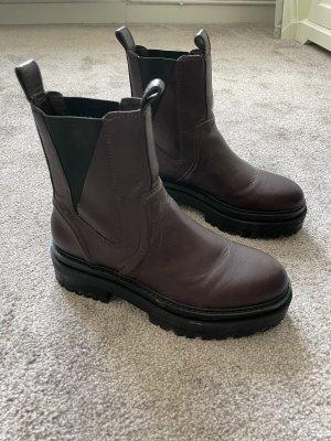 Asos Chelsea laarzen zwart-roodbruin