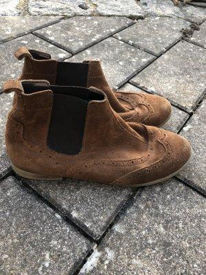 Chelsea Boots in Braun Esprit