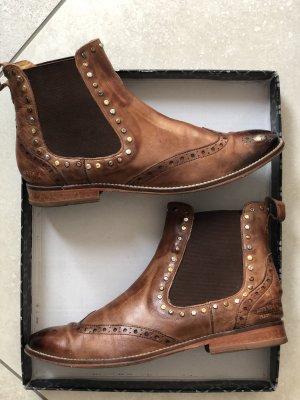 Chelsea-Boots mit Nieten von Melvin & Hamilton