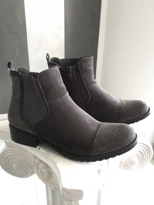 Chelsea Boots-Stiefelette Gr. 40