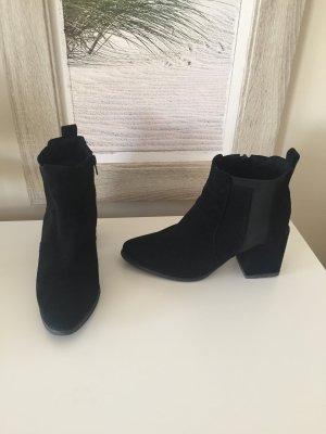 Andrea Conti Chelsea Boot noir cuir