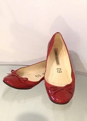 Buffalo Ballerina di pelle verniciata rosso