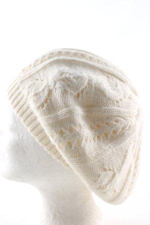 Chervo Szydełkowana czapka w kolorze białej wełny W stylu casual