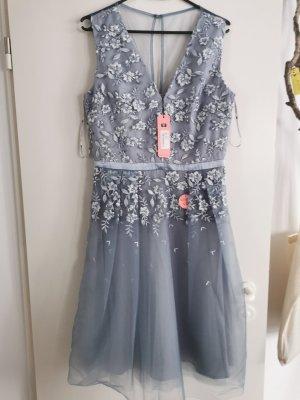 Chi Chi London Suknia balowa jasnoniebieski-niebieski