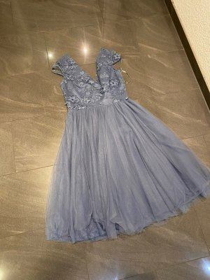 Chi Chi London Kleid in blau Gr. 40 (UK12)