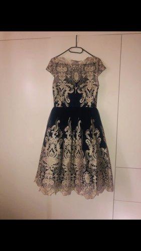 Chi Chi London Kleid - neu mit Etikett Größe 42