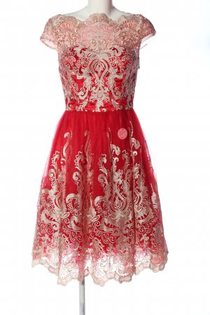 Chi Chi London Spitzenkleid rot-pink Casual-Look