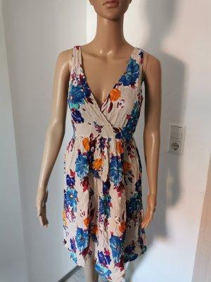 Chic & Mit Sukienka midi kremowy-niebieski Wiskoza