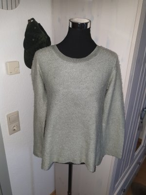 Chic& mit Pullover