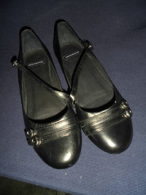 Vagabond Strappy Ballerinas black leather