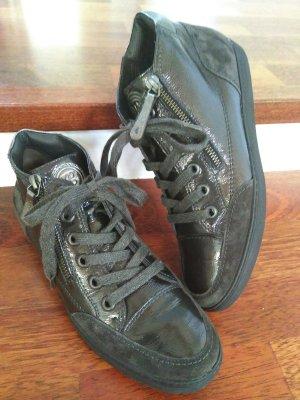 Chice Lack Sneaker mit Reißverschluss von Paul Green
