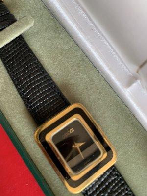 Gucci Zegarek ze skórzanym paskiem czarny-złoto