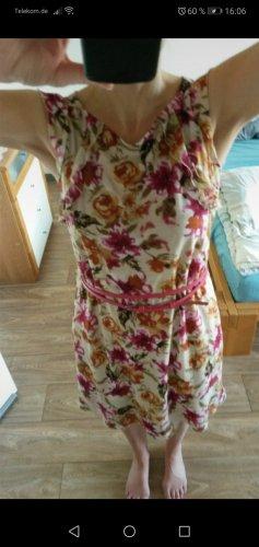 Chices Sommerkleid von Esprit