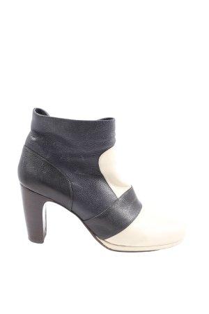 Chie Mihara Zipper Booties black-white casual look