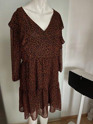 Bershka Sukienka z falbanami brązowy-czarny