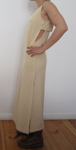 Chiffon Kleid in nude mit Cut Out`s