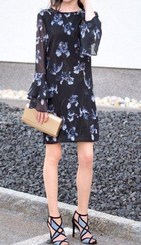 Chiffon-Kleid, mit Lilien-Print, langen Ärmeln, Midilänge, XS, 32, H&M, nagelneu