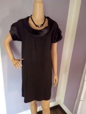 Chillytime Shortsleeve Dress black