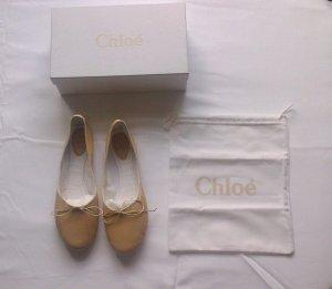 Chloé Ballerina di pelle verniciata color carne Pelle
