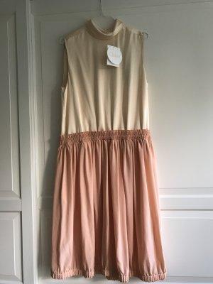 Chloé Kleid aus reiner Seide in beige und rosé Neu mit Etikett
