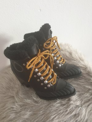 miss chloe Ankle Boots black