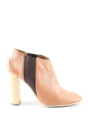 Chloé Botas deslizantes nude-marrón estilo «business»